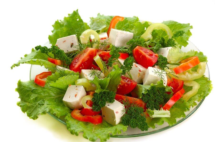 ovoshhnoj-grecheskij-salat