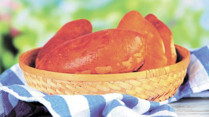 Пирожки с курицей и ветчиной