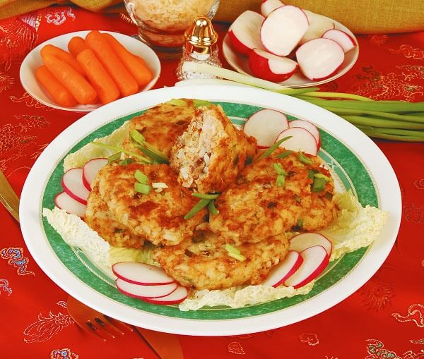 Биточки из курицы и риса