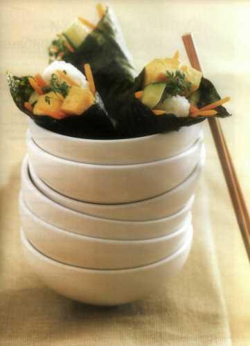 Кулечки темаки с омлетом и овощами