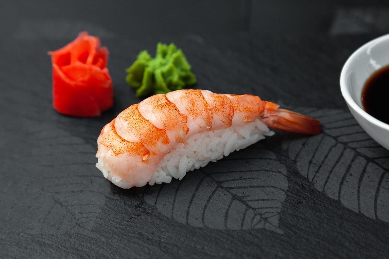 """Нигири-суши с креветками а-ля """"мисс Сайгон"""""""