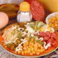 Салат из сервелата, кукурузы и сыра