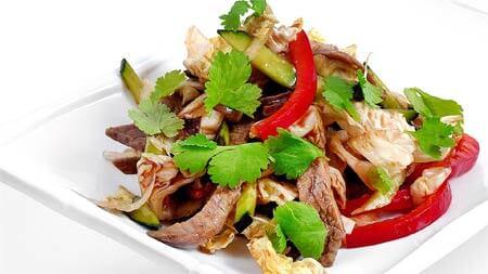 Салат из говядины по-тайски