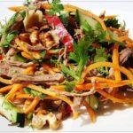 S-mjasom-Salaty