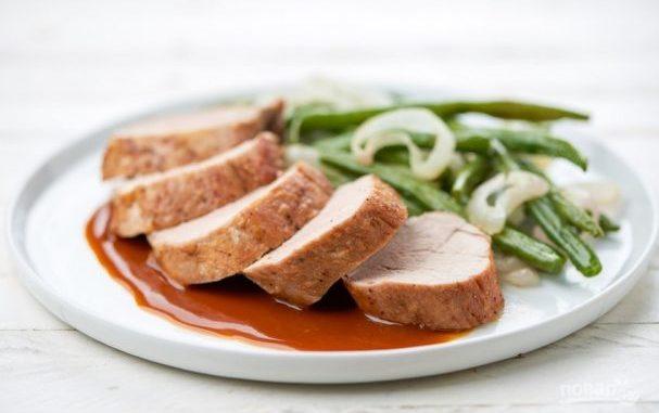 Свиная вырезка с пряным соусом