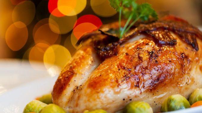 Фаршированная виноградом курица